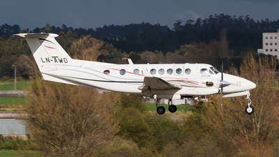 LN-AWD - Beechcraft B300 King Air 350 - Airwing