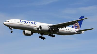 N792UA - Boeing 777-222(ER) - United Airlines