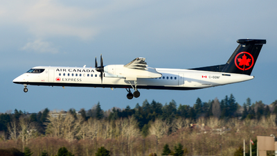 A picture of CGGNF - De Havilland Canada Dash 8400 - Air Canada - © Chung Kwok