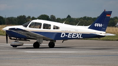 D-EEXL - Piper PA-28-161 Warrior II - FFH Flight Training
