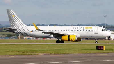 EC-MFM - Airbus A320-232 - Vueling Airlines