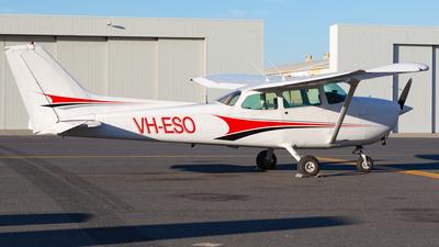 VH-ESO - Cessna 172P Skyhawk II - Private