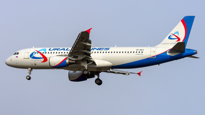 A picture of VPBKX - Airbus A320214 - Ural Airlines - © Peter Tolnai