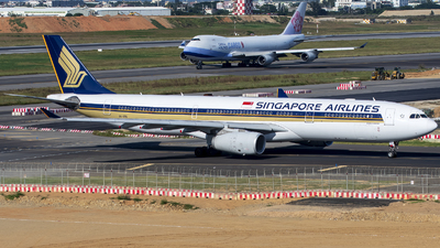 9V-STQ - Airbus A330-343 - Singapore Airlines