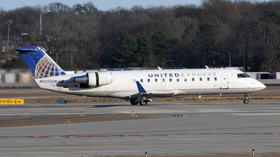 N925SW - Bombardier CRJ-200ER - United Express (SkyWest Airlines)
