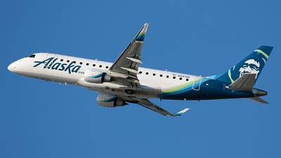 A picture of N637QX - Embraer E175LR - Alaska Airlines - © Angel Natal