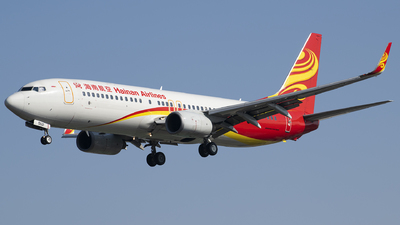 A picture of B5521 - Boeing 73784P - Hainan Airlines - © Tom Cheng