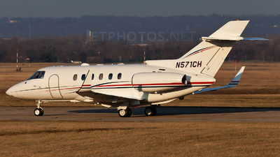 N571CH - Hawker Beechcraft 800XP - Private