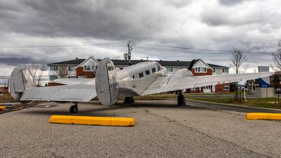 CF-ZWY-X - Beech 18 - École Nationale d'aérotechnique (ENA)
