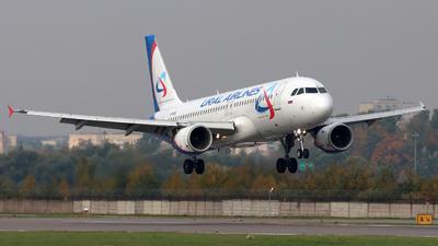VP-BIE - Airbus A320-214 - Ural Airlines