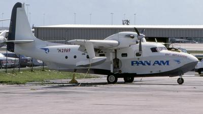 N2969 - Grumman G-73 Mallard - Pan Am Air Bridge