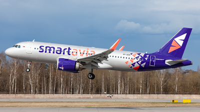 VP-BOS - Airbus A320-251N - Smartavia