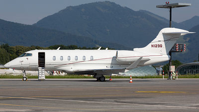 N123Q - Bombardier BD-100-1A10 Challenger 350 - Private