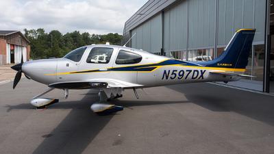 N597DX - Cirrus SR22T-GTS G5 Carbon - Private