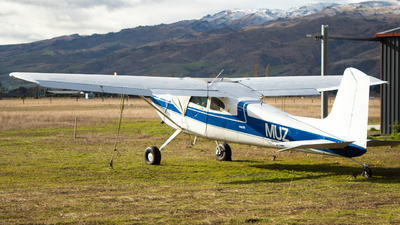 ZK-MUZ - Cessna 180 Skywagon - Private