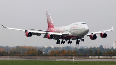 A picture of EIXLH - Boeing 747446 - Rossiya - © Igor Dvurekov
