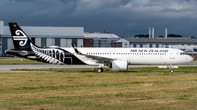 A picture of DAVXN - Airbus A321 - Airbus - © Oscar Wistrand