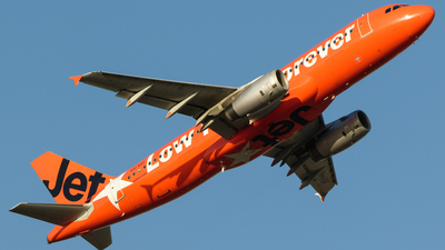 A picture of VHVGF - Airbus A320232 - Jetstar Airways - © Whiskey Tango Aviation