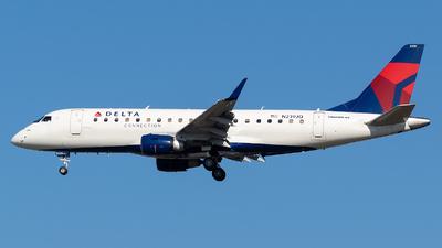 A picture of N239JQ - Embraer E175LR - Delta Air Lines - © Evan Dougherty
