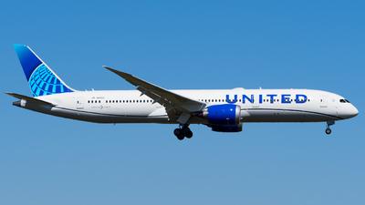 A picture of N19986 - Boeing 7879 Dreamliner - United Airlines - © Stefan Schmitz