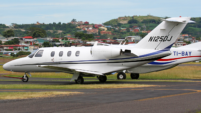 N125DJ - Cessna 525 CitationJet 1 - Private