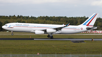 081 - Airbus A340-213 - France - Air Force