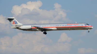 N208AA - McDonnell Douglas MD-82 - American Airlines