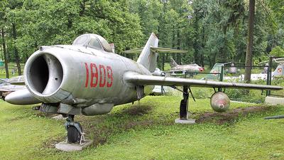 1809 - WSK-Mielec Lim-2 - Poland - Air Force