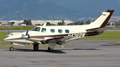 N4369W - Beechcraft B60 Duke - Private