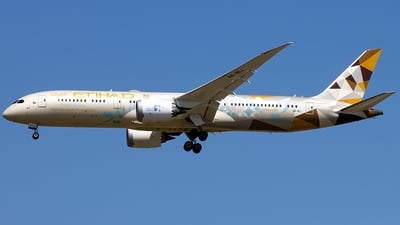 A picture of A6BLI - Boeing 7879 Dreamliner - Etihad Airways - © YoungKyun Shin