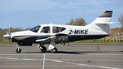 2-MIKE - Rockwell Commander 114B - Private