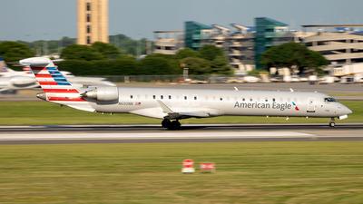 A picture of N600NN - Mitsubishi CRJ900LR - American Airlines - © Yan777