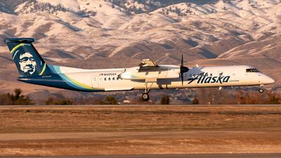 A picture of N405QX - De Havilland Canada Dash 8400 - Alaska Airlines - © CJMoeser