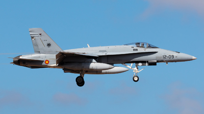 C.15-51 - McDonnell Douglas EF-18M Hornet - Spain - Air Force
