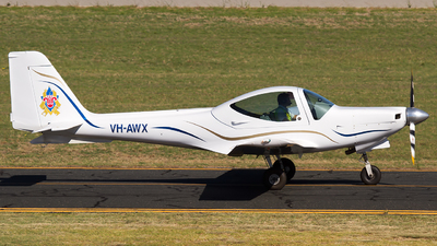 A picture of VHAWX - Grob G115C2 - [82023/C2] - © Dave Parer