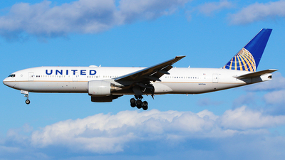 A picture of N217UA - Boeing 777222(ER) - United Airlines - © Epsilon sc7