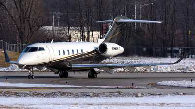 A picture of N580FX - Bombardier Challenger 350 - Flexjet - © Kevin Cargo