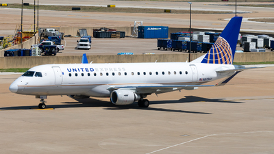 A picture of N87360 - Embraer E175LR - United Airlines - © Nick Sheeder