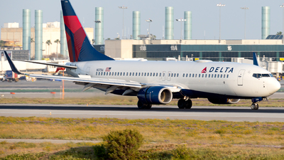 A picture of N3756 - Boeing 737832 - Delta Air Lines - © Luis Bastardo