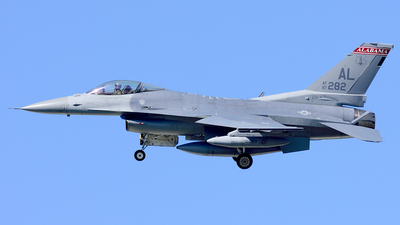 87-0282 - General Dynamics F-16C Fighting Falcon - United States - US Air Force (USAF)