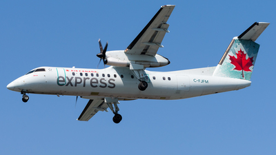C-FJFM - Bombardier Dash 8-311 - Air Canada Express (Jazz Aviation)