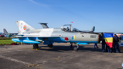 6807 - Mikoyan-Gurevich MiG-21MF Lancer C - Romania - Air Force