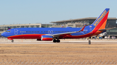 N8639B - Boeing 737-8H4 - Southwest Airlines