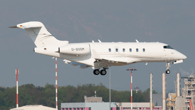 A picture of DBOOM - Bombardier Challenger 300 -  - © paoloz99