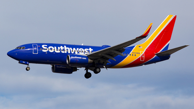 N944WN - Boeing 737-7H4 - Southwest Airlines