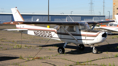N68806 - Cessna 152 - Private