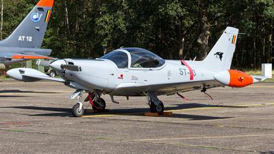 ST-43 - SIAI-Marchetti SF260D - Belgium - Air Force