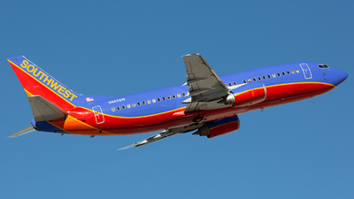 N685SW - Boeing 737-3Q8 - Southwest Airlines
