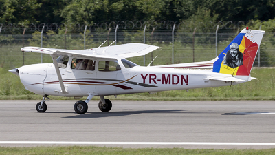 A picture of YRMDN - Cessna 172S Skyhawk - [172S10318] - © Loredana Cioclei