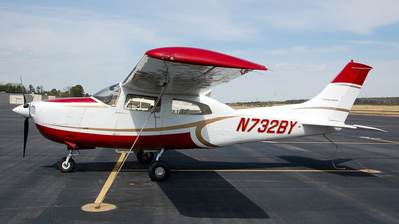 A picture of N732BY - Cessna 210L Centurion - [21061398] - © Devin | Charleston.Spotter
